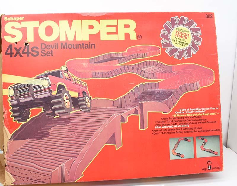 Schaper Toys Stomper 4x4 Devil Mountain Set