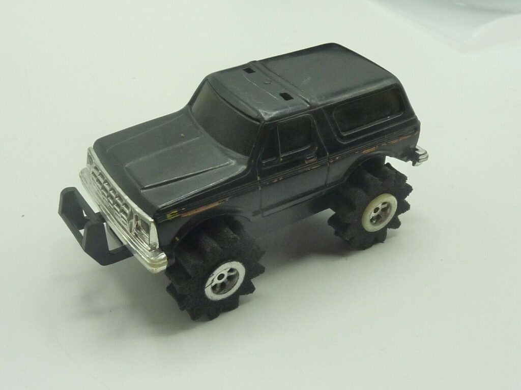 Schaper Toys Stomper 4x4 Ford Bronco